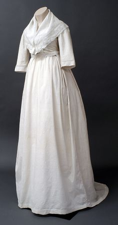 Day Dress ca. 1802. England, The Bowes Museum.