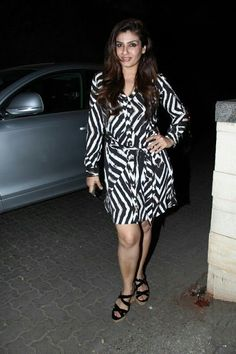 Raveena tandon hot pictures Raveena Tandon Hot, Bollywood Pictures, Huma Qureshi, Sexy Legs And Heels, Bollywood Actress Hot, Beautiful Legs, Beautiful Pictures, Indian Beauty, Actresses