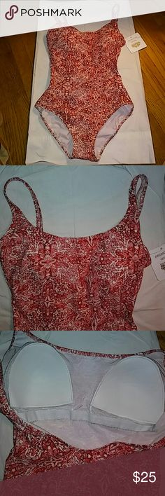 New Gottex one piece Nwt red/ white pattern; slightly rounded neck; soft cups, round back; double lined in control mesh material for extra support; maximizes and lifts the bust while minimizing and supporting the tummy area; excellent quality by Gottex; Gottex Swim One Pieces