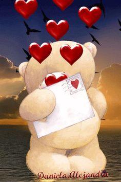 Osito tierno con corazones gif