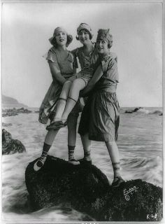 /Mack+Sennett+Bathing+Beauties,+ca.+1910s