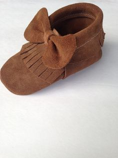 Leather Bow Moccasins in color LATTE brown by MMfeet on Etsy
