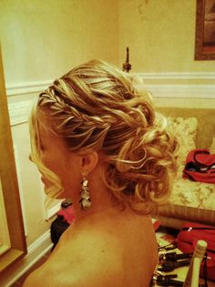 Would go good with my hairstyle! Ball Hairstyles, Fancy Hairstyles, Wedding Hairstyles, Braided Hairstyles, Bridesmaid Hairstyles, Evening Hairstyles, Holiday Hairstyles, My Hairstyle, Bridal Hairstyle