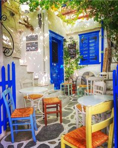 Anw Syros~Kikladhes~Greece