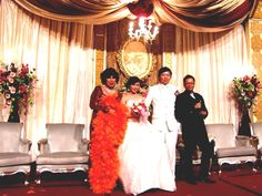 Tata Dado, Erwin-Yulan and Felix3lingual mc (mandarin.english.indonesian) at their wedding sitting party