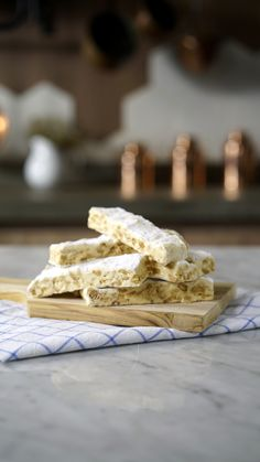 Recipe with video instructions: Rich and chewy with bursts of crunchy peanut - just try resist taking seconds! Ingredients: 2 cups sugar, 1 cups corn syrup, 3 egg whites, Pinch of salt, Candy Recipes, Sweet Recipes, Dessert Recipes, Delicious Desserts, Yummy Food, Tasty, Torrone Recipe, Bread Appetizers, Love Food