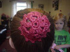 Ramblings of a yarn junkie: Free Pattern - One Currant Bun in a Baker's Shop