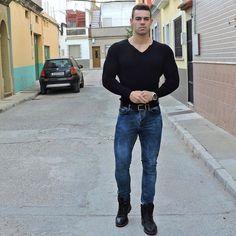 Cristian Romero loving those skinnies