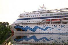 Am Wochenende gibt es am Kanal Großes zu bestaunen... Die genauen Termine finden Sie auf folgendem Link: http://www.brueckenbote.de/Brueckenbote/Traumschiffkalender2.html