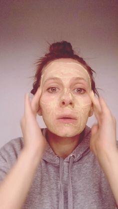 home made face wash paste: Diy Exfoliating Face Scrub, Diy Face Scrub, Diy Scrub, Beauty Tips For Glowing Skin, Beauty Skin, Diy Beauty, Beauty Hacks, Oily Face, Face Skin