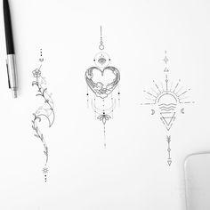 Mini Tattoos, Flower Tattoos, Body Art Tattoos, Tribal Tattoos, Tattoos Skull, Triangle Tattoos, Piercing Tattoo, Arm Tattoo, Sternum Tattoo Design