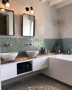 35 Rustic Bathroom Vanity Ideas to Inspire Your Next Renovation - The Trending House Bright Bathroom, Bathroom Interior Design, Bathroom Makeover, Bathroom Vanity, Modern Bathroom, Bathroom Renovations, Luxury Bathroom, Bathrooms Remodel, Tile Bathroom