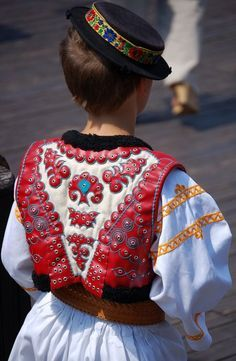 Folk Costume, Costumes, Folk Clothing, Anton, Christmas Sweaters, Captain Hat, Embroidery, Clothes, Sewing
