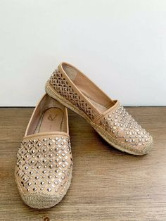 268e565561c Vince Camuto Signature Calada Camel Studded Leather Espadrille Flats - Size  8  fashion  clothing  shoes  accessories  womensshoes  flats (ebay link)