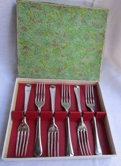 Vintage 1960s Chromium Cake Forks Made in Gt Britain