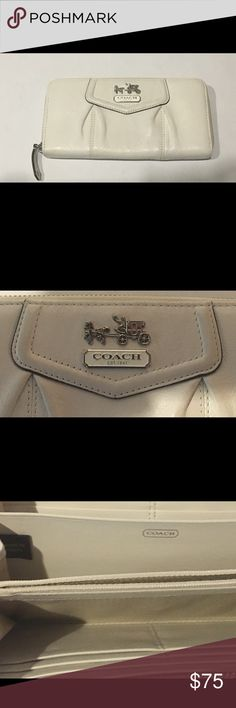 Coach Madison Maggie Wallet Authentic! Like New!  Feel free to make an offer or add to a bundle for savings. Coach Bags Wallets