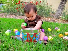 I need to get a picture of Maddox like this for Easter:)