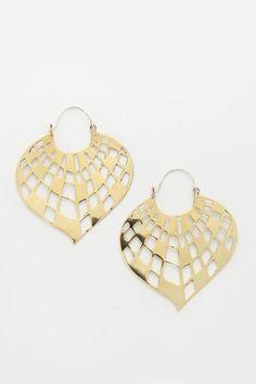 Gold Jewelry Design In India Key: 8453478049 Jewelry Trends, Jewelry Accessories, Fashion Accessories, Jewelry Design, Fashion Jewelry, Metal Jewelry, Gold Jewelry, Jewelery, Unique Jewelry