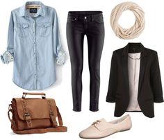 Jeanshemd, Lederhose, Jacket schwarz, Blazer schwarz, Schal weiß, Halbschuhe/Espandrillos weiß