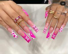 Acrylic Nails Coffin Pink, Short Square Acrylic Nails, Pink Nails, Drip Nails, Glow Nails, Stylish Nails, Trendy Nails, Dope Nail Designs, Exotic Nails