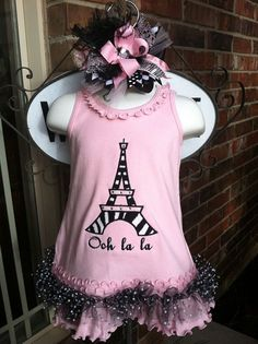 Would match her room! Baby Girl Fashion, Kids Fashion, Paris Crafts, Bow Making, Grand Kids, Children Clothes, How To Make Bows, To My Daughter, Clever