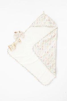 Petit Pehr - Alphabet Hooded Towel