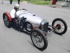 A custom built cyclecar... love the look. Still thinking about making one of these.