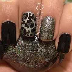 Love the leopard print one on my ring finger with the dark nails for fall! Get Nails, Fancy Nails, Love Nails, How To Do Nails, Pretty Nails, Hair And Nails, Sparkly Nails, Prom Nails, Manicure E Pedicure