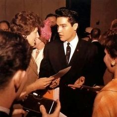 Elvis - The  Wonder of You - FB page