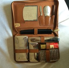 Vintage Men's Travel Grooming Shaving Kit with Leather