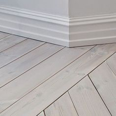 I consider flooring to be the 'fifth wall'. LOVE lime washed floors where you can still see the beauty of the wood grain Wide Plank Flooring, Engineered Hardwood Flooring, Real Wood Floors, Painted Floors, Restore Wood, Baseboard Molding, Installing Hardwood Floors, Types Of Flooring, Kitchen Flooring
