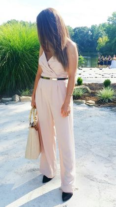 OutDoor Wedding w/ @jillStuart #Jumpsuit from @renttherunway #chic #fashion#style @nuriaroses