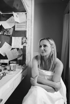 Lesley Sharp British Actresses, British Actors, Lesley Sharp, Hippie Mom, Best Of British, New Thought, Famous Faces, Good People, Black And White