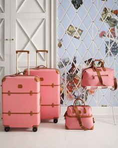 pretty pink luggage - I think you should buy this for me Sharon! Pink Luggage, Luggage Sets, Travel Luggage, Travel Bags, Travel Packing, Travel Suitcases, Pink Suitcase, Luggage Packing, Luggage Backpack