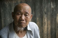 https://flic.kr/p/5S3sPn | Portrait of an old man