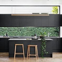 This week's #weeklyinspiration is @jameswoodforddesign 's Elsternwick renovation kitchen. I'm so in love with those windows!! #interior #design #interiordesign #architecture #designinspiration #kitchen #kitchendesign #kitcheninspo #kitcheninspiration #k
