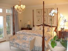 See here about the Romantic Master Bedroom Decorating Ideas Pictures. For those of you who are looking for a romantic bedroom design for the first night Country Bedroom Design, French Country Bedrooms, Master Bedroom Design, Country French, Bedroom Designs, Master Suite, Romantic Master Bedroom, Beautiful Bedrooms, Beautiful Homes
