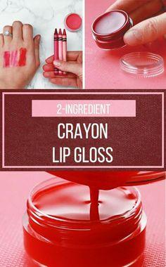 This DIY Lip Gloss Won't Break The Bank But It Will Break Some Crayons diy green tea diy ideas diy makeup diy recipes diy teen Homemade Lip Balm, Homemade Moisturizer, Diy Lip Balm, Homemade Lipstick, Homemade Cosmetics, Diy Lipstick, Lipgloss, Lipsticks, How To Make Lipstick