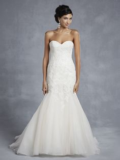 Beautiful by Enzoani BT15-6