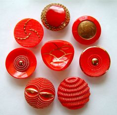 8 x 19mm Vintage Red Art Deco Glass Buttons