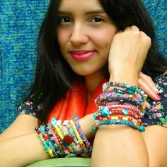 Make these stackable bangles from zip ties and left over fabric scraps.