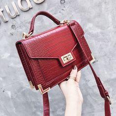 "Universe of goods - Buy ""Bolsa Mujer Bags For Women 2018 Luxury Handbags Women Bags Designer Crocodile Pattern Leather Shoulder Messenger Bag sac a main"" for only USD. Luxury Bags, Luxury Handbags, Designer Handbags, Women's Bags, Crocodile Handbags, Fashion Pattern, Retro Mode, Bags 2018, Tote Pattern"