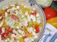 Vynikající pikantní sýrový salát