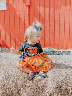 Professionally handmade girls outfits for all occasions by MyxCouture Disney Fan, Disney Theme, Cute Disney, Cute Halloween Outfits, Scary Halloween, Halloween Costumes, Disney Outfits, Kids Outfits, Minnie Mouse Halloween