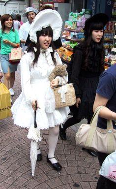 Gothic Lolita takeshita_street