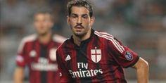 Riccardo Saponara Tak Berguna Di AC MIlan | News