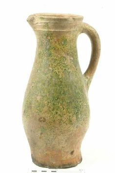 78.177/3: jug Production date: Medieval; late 12th-mid 14th century Measurements: H 313 mm; DM 160 mm