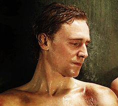 Prince Hal *gif*... *contemplates if licking the screen will help...*