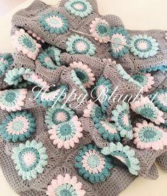 Bitmeye az kaldi  #happyblanket #babyblanket #crochet #crochetthrow #crochetaddict #crochetdesign #crochetblanket #handmade #elisi #orgu #tigisi by happyblanket