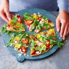 Blitzpizz Recipes Weight watchers Elements: bunch of fluorescent salads Med veggies sprigs Pizza Express, Healthy Cooking, Healthy Eating, Pizza Wraps, Pizza Pizza, Slimming Recipes, Healthy Salad Recipes, Diabetes, Food And Drink